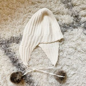 Banana Republic winter hat with pom Pom